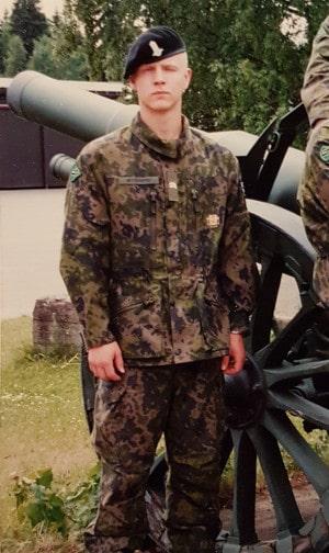 eero military service
